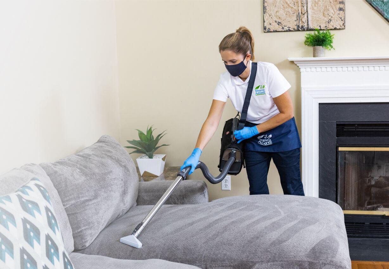 Husstädningsbanner för ren service design Vektorbild